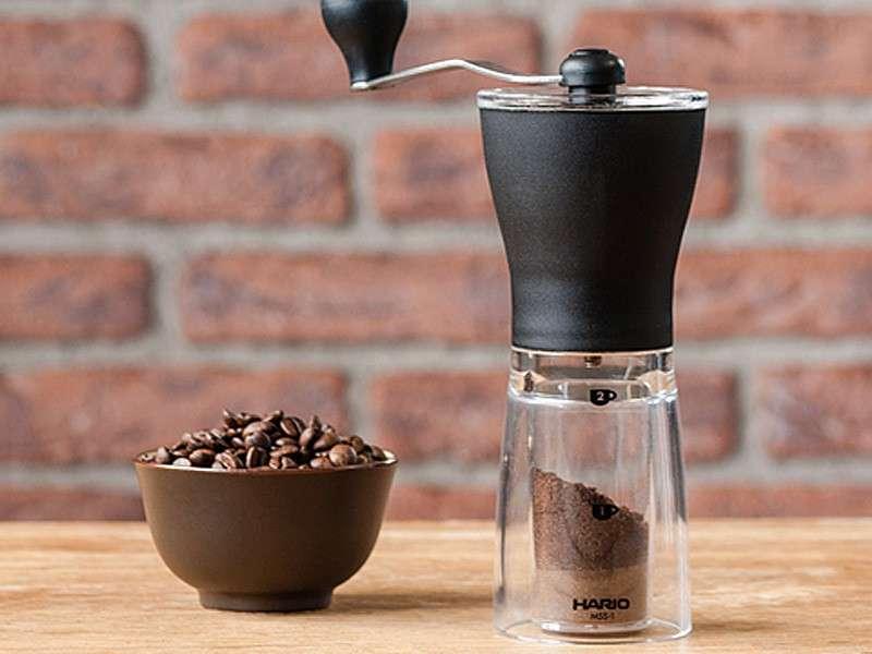 Moulin à café Hario manuel 24g